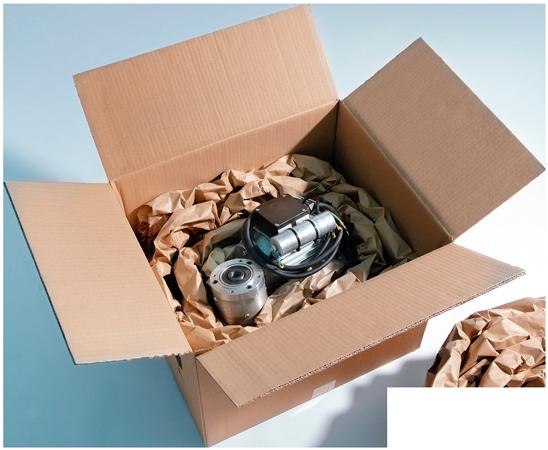 коробка с деталями авто
