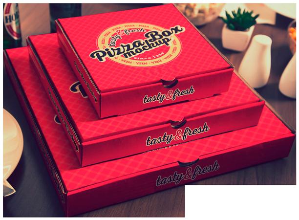 красные коробки пиццы